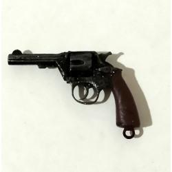 Revolver británico